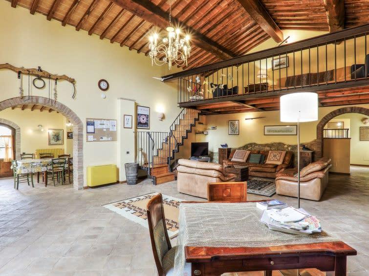 interior photo of Italian Villa